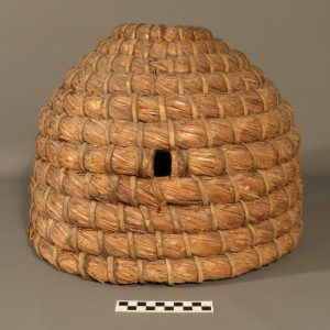 Bee skep KIGHF.QP.0029, collected in the early to mid-1900s by Isabel F. Grant from the Badenoch area of the Highlands